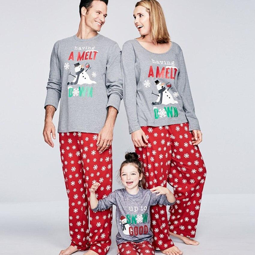 New Christmas Family Pajamas Set Mon Dad Kids Winter Sleepwear Santa Claus Snowman Top and Trousers Cotton Pajamas Set KS04