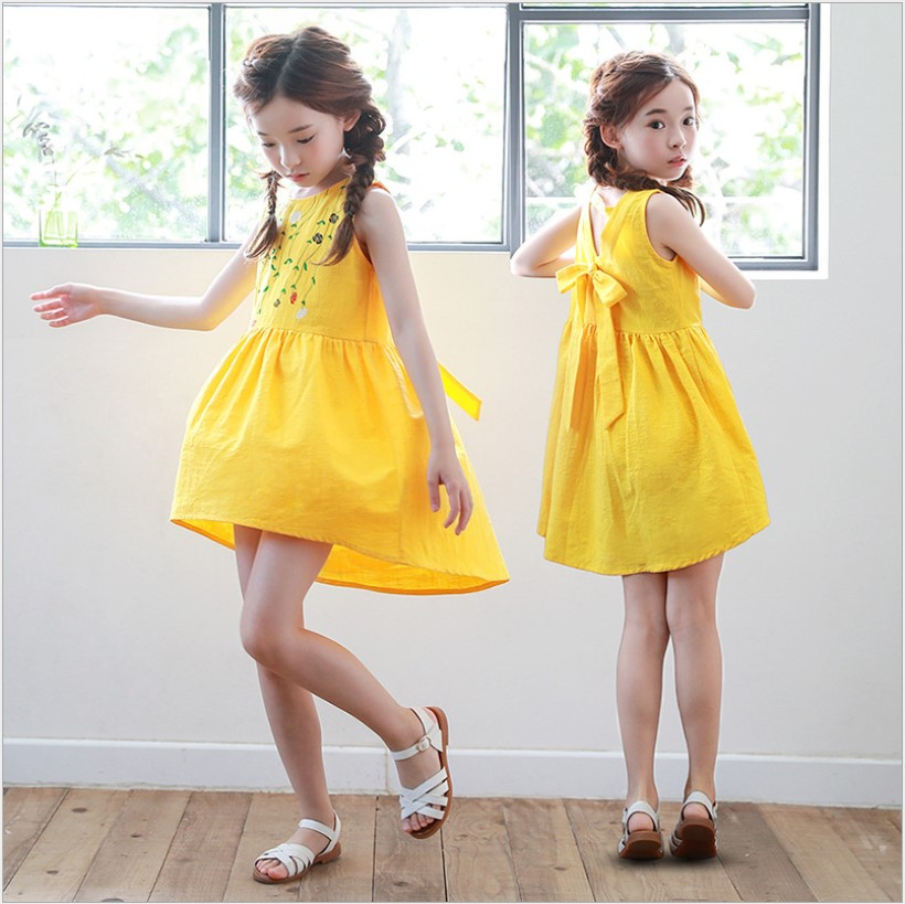 все цены на Summer Children Clothing Yellow Backless Girls Costumes For Halloween Party Princess Dress Floral Sleeveless Kids Teens Clothes