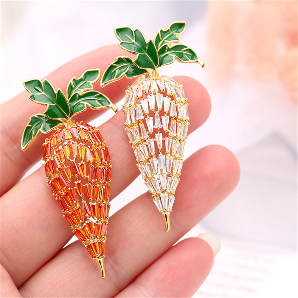 Luxury Lady Copper Material Carrot Brooch Pin AAA Orange Zircon For Women Clothes BagAccessories