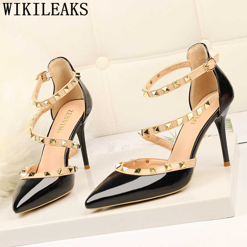 Seksi sandalet çivili topuklu mary jane ayakkabı düğün ayakkabı beyaz topuklu patent deri fetiş yüksek topuklu elbise ayakkabı kadın ayakkabi