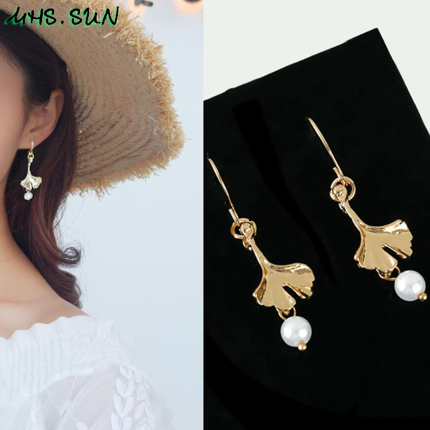 15,OM015,$0.99,4.5cm Fashion Design Leave Pearl Drop Earrings Gold Color Girls Trendy Elegant Dangle Earrings Charm All-Match Jewelry 1Pair