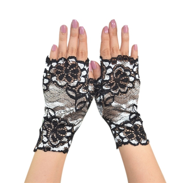 Women Lace Gloves...