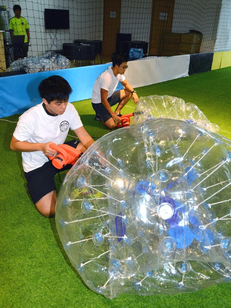1,2 m PVC pripučiamas burbulas futbolas vaikams ir jaunesniems
