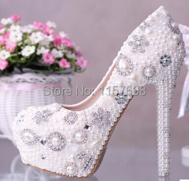 все цены на  2016 Honorable pearl rhinestone wedding shoes crystal bridal shoes platform shoes ultra high heels white women's shoes 14cm  в интернете