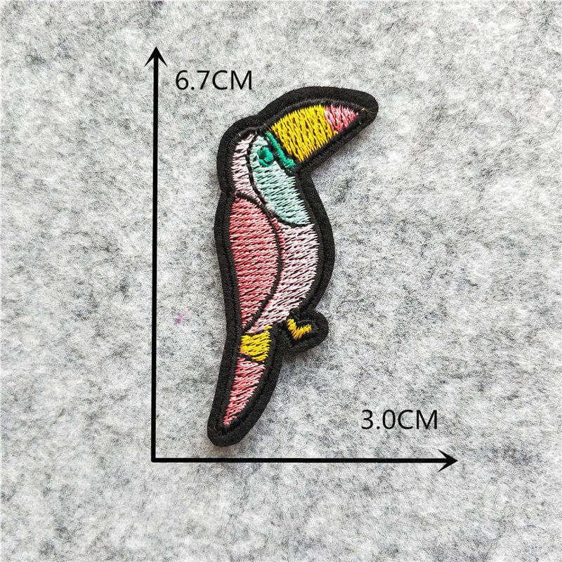 Мультяшная декоративная заплатка, сердце, дерево, Бабочка, узор, вышитая аппликация, нашивки для DIY, железные наклейки на одежду - Цвет: C6228