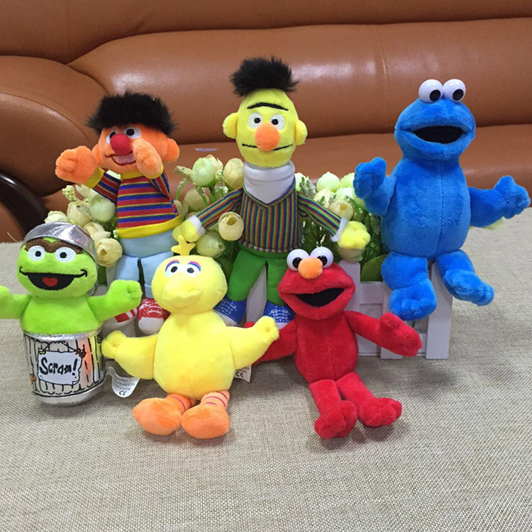 все цены на 6pcs/set Sesame Street Elmo Big Bird Erine Bert Cookie Monster Stuffed Plush Dolls Toys Pendant Keychain bag hanging toys