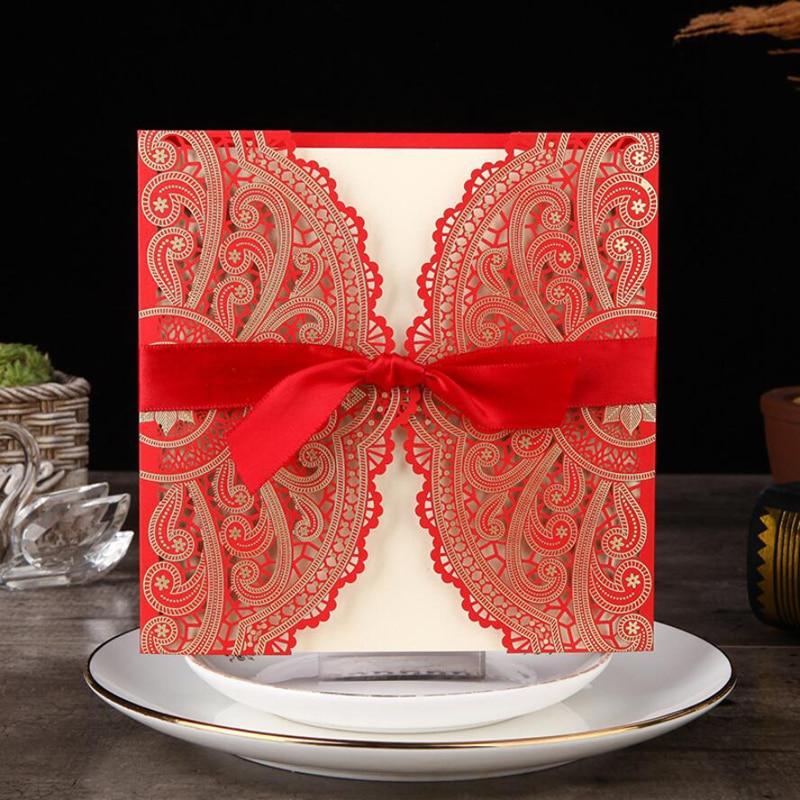 (10 개 / 많은) 로맨틱 한 레이저 컷 꽃 핑크와 레드 컬러 결혼식 초대 카드 결혼식 훈장을위한 리본 CX015R