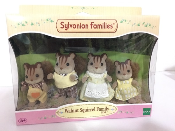 original Sylvanian Family of walnut squirrel family mini size action Figures Anime Cartoon figures Child gift