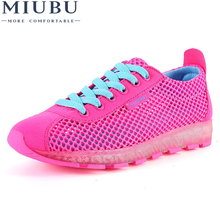 MIUBU Women Shoes 2018 Hot Fashion Breathable Mesh Light Walking Tenis Feminino Casual Shoes Woman Sneakers недорого