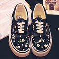 Fashion Harajuku Women Low Lace-Up Casual Pedal Shoes Black Little Daisy Vintage Hand-Painted Shoes Shallow Mouth Canvas Shoes