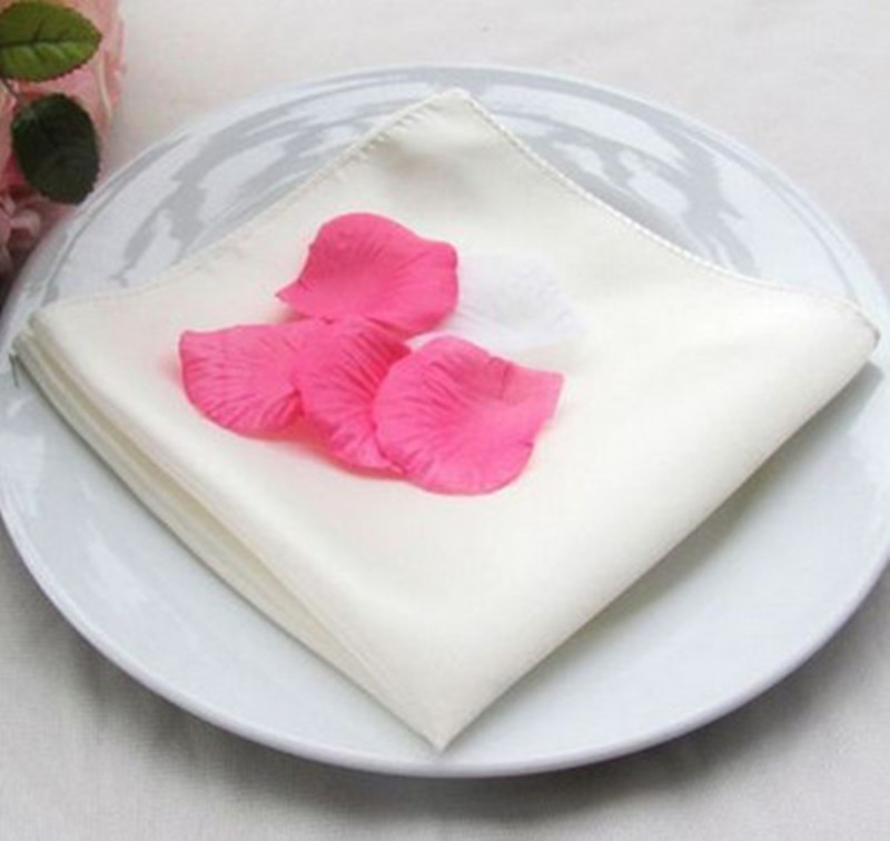 100 stks 45x45 cm Satijn Servetten Bruiloft Diner Servet Doeken Pocket Zakdoeken Voor Home Hotel Party Banquet decoratie-in Tafelservetjes van Huis & Tuin op  Groep 3