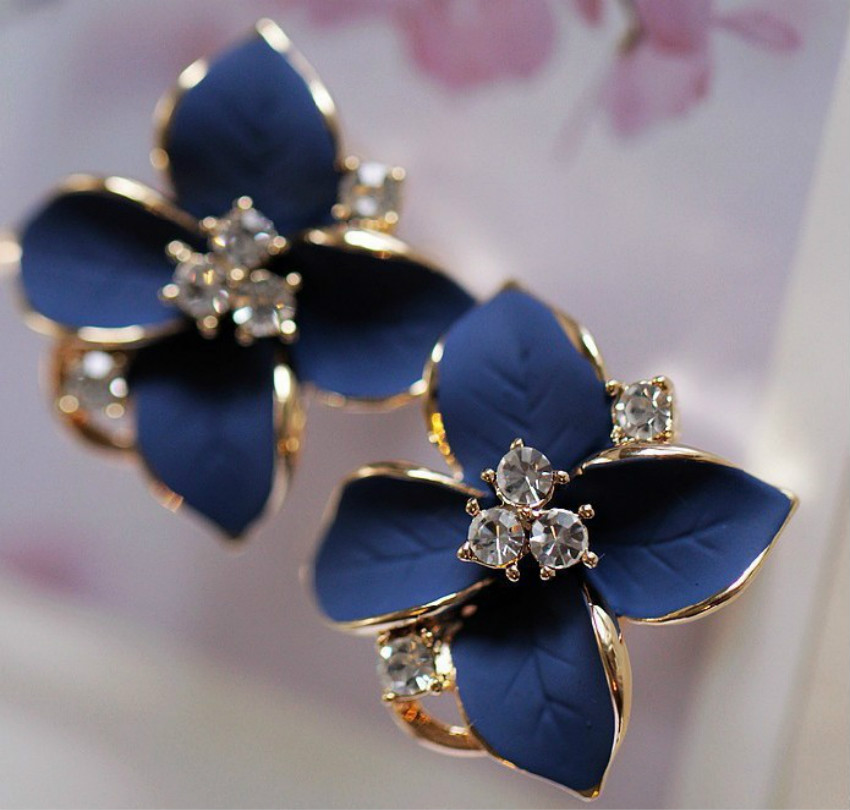 Fashion Jewelry Three-dimensional Matte Ear Clip Blue Flowers Crystal Flower Earrings Perforated Female Elegant Earring