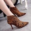Novo inverno Mulheres Sapatos Da Moda Sapatos de leopardo Sexy de salto alto fino com botas de Camurça tornozelo Outono sapatos de Trabalho pretos sapatos Femininos bombas