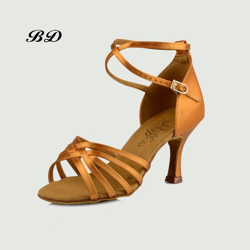 Baskets chaussures de danse salle de bal femmes chaussures latines sport haute performance danse chaussure peau de vache semelle antidérapante adulte BD 211 chaud
