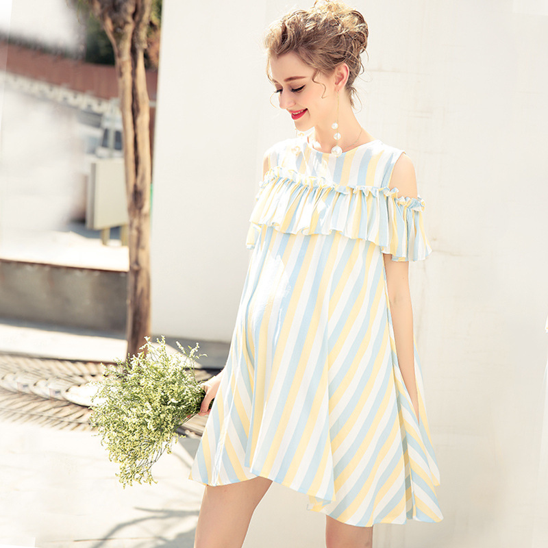все цены на Summer Maternity Dresses Bow Sleeve Dress Clothes for Pregnant Women Daily Wearing Striped Pregnancy Clothing Sexy 2018 new онлайн