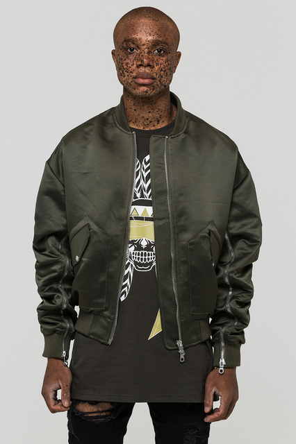 ac4fbffe6 US $42.29 6% OFF|2018 winter cool new kanye west hiphop chic unisex men  solid MA1 zipper up jacket Curved sleeve zippers coat black green silver-in  ...