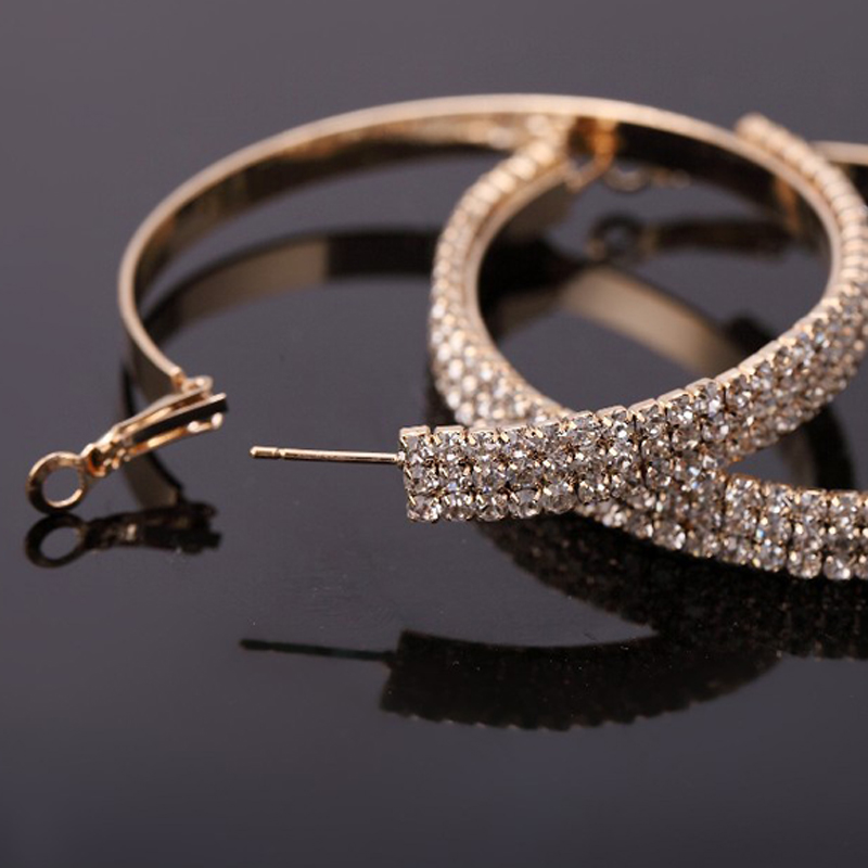 YFJEWE 2018 Fashion Jewelry Flash Crystal Rhinestone Gold Plating Free Shipping Earrings Hoop Earrings For Women Wedding #E061