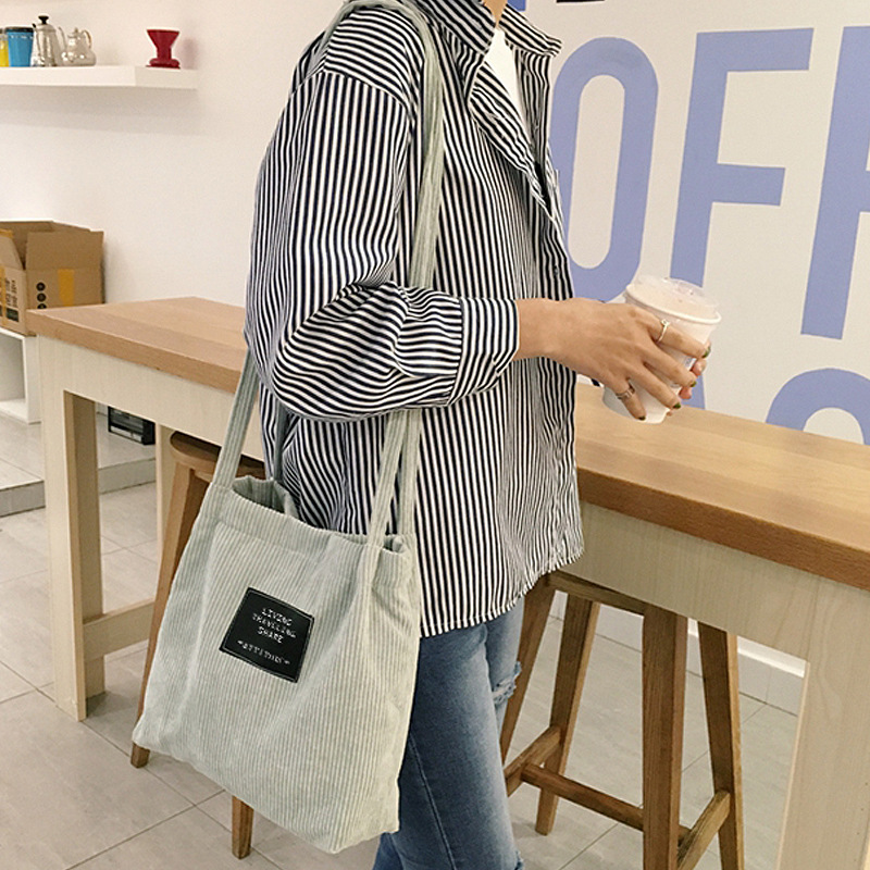 New Fashion Women Shoulder Bag Students Arts Travel Corduroy Canvas Everyday Items Shoulder Bag Simple Canvas Bag