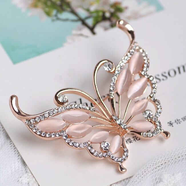 Blucome Gold color Butterfly Brooches Pins Accessories Fashion Women  Rhinestone Brooch pins Best Bridal Jewelry Party Gifts-in Brooches from  Jewelry ... a7d4763a6bae