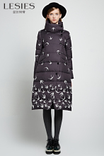 LESIES Women Winter Down Coats Parkas Plus Size Swallow Printed Long Jackets Warm Black Overcoat Thin Outwear Botton LS858404