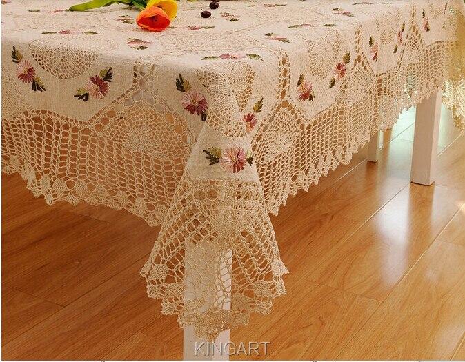 Вязание и вышивка скатерти