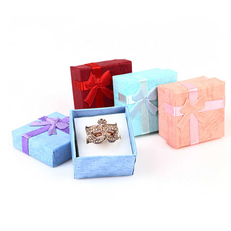 แฟชั่นที่มีสีสัน1ชิ้นใหม่4*4เซนติเมตรJeweryออแกไนเซอร์กล่องแหวนการจัดเก็บน่ารักกล่องขนาดเล็กกล่องของขวัญสำหรับแหวนต่างหู4สี