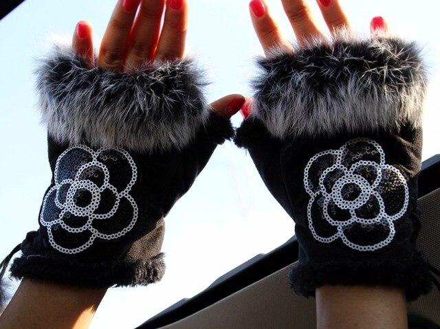 Offre Spéciale femmes hiver gant Faux lapin fourrure paillettes fleur poignet chaud demi doigt gants femme mitaines Luva