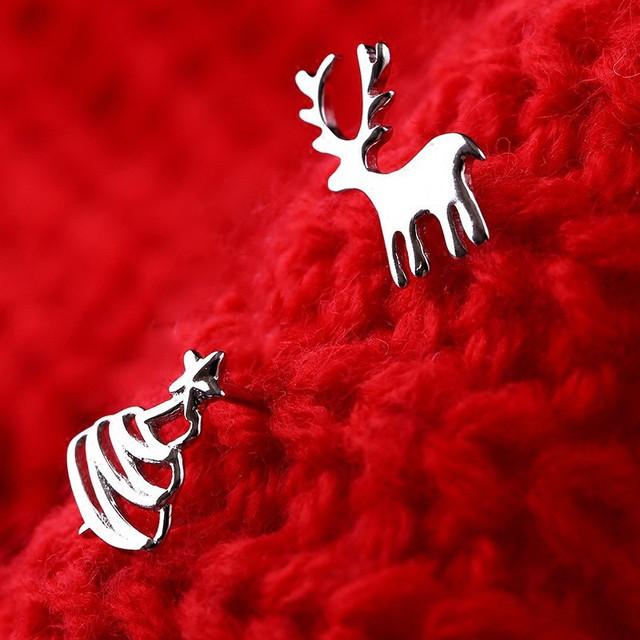 Christmas Santa Fashion Earrings.