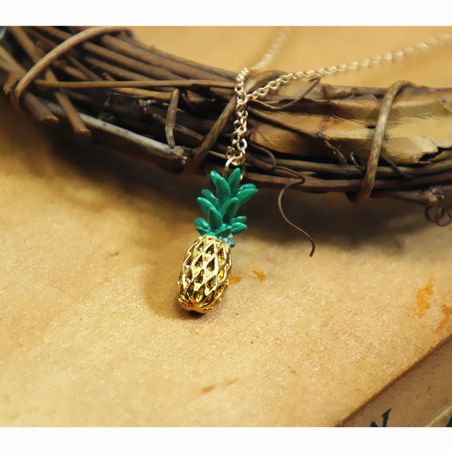x181 High Quality Pineapple Pendant Necklace For Women 2017 Fashion Jewelry Tempting Realistic Fruit Pendant Necklaces Wholesale