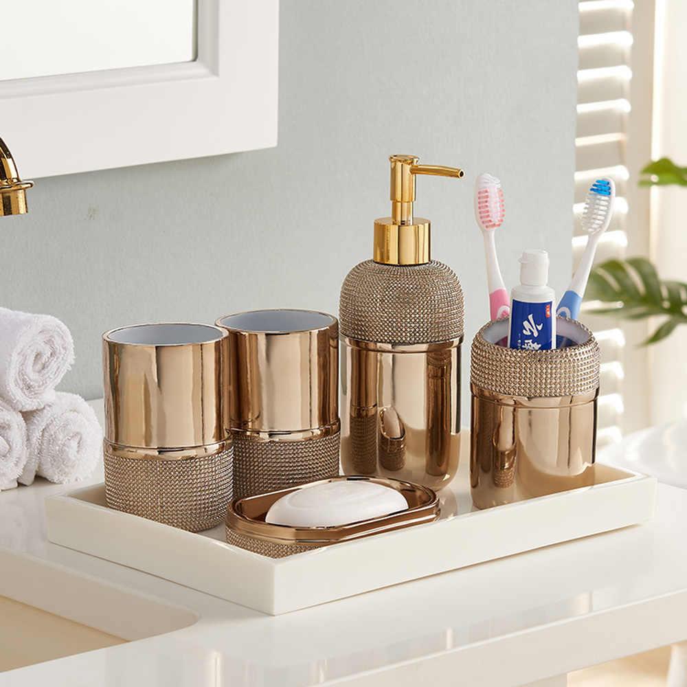 Avrupa tarzı fincan ve banyo beş parça takım elbise Altın minimalist banyo takımları-yaratıcı Amerikan stil yıkama fincan seti LO723951