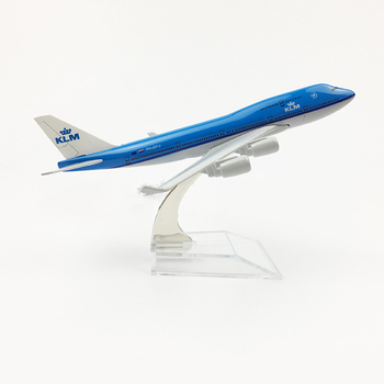 1/400 Scale Aircraft B747 KLM Royal Dutch Airlines 16cm Alloy Plane Boeing 747 Model Toys for Children Kids Gift Collection 16cm 787 a380 747 777 airlines metal alloy model plane aircraft toy wheels airplane birthday gift collection desk toy