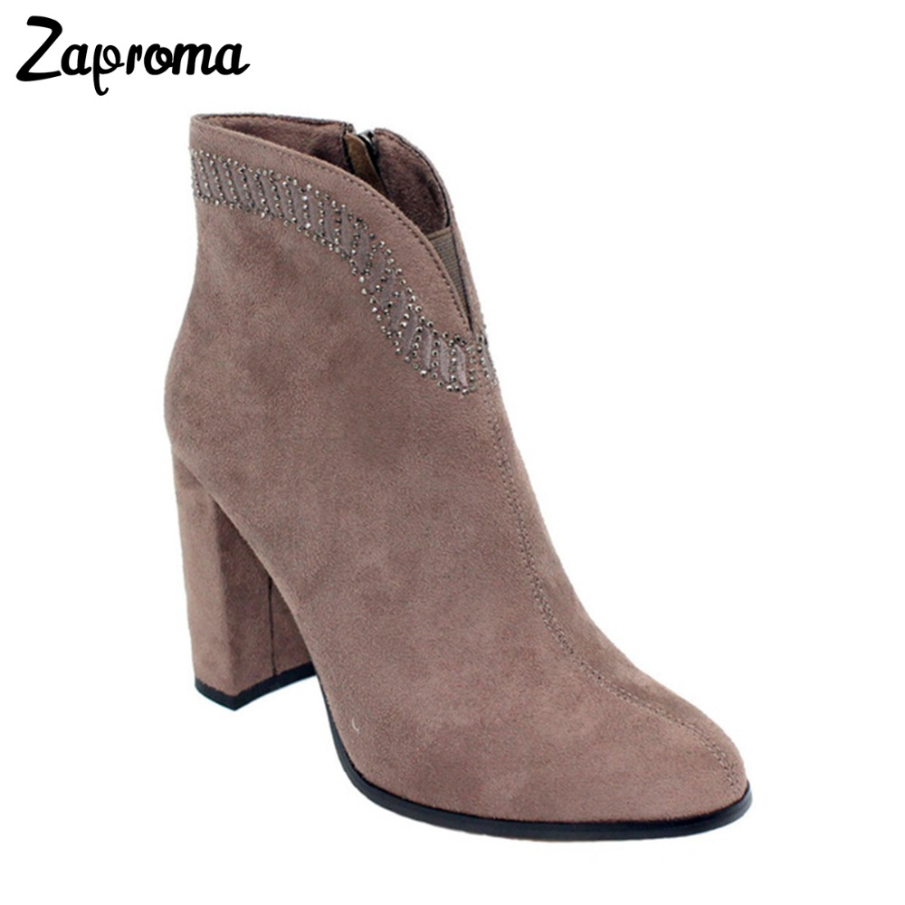 все цены на Crystal Suede Nude Pink Chunky Heel Ankle Boots Women Round Toe Autumn Winter Super High Heel Booties Rhinestone Fleeces Shoes