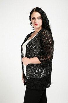 De las mujeres atractivas más el cordón del tamaño chaqueta tres ...