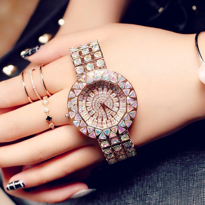 Najwyższej jakości kobiety zegarki luksusowe ze stali nierdzewnej pełna Rhinestone zegarek Lady kryształ sukienka zegarki złota kobieta zegarek kwarcowy w Zegarki damskie od Zegarki na  Grupa 1