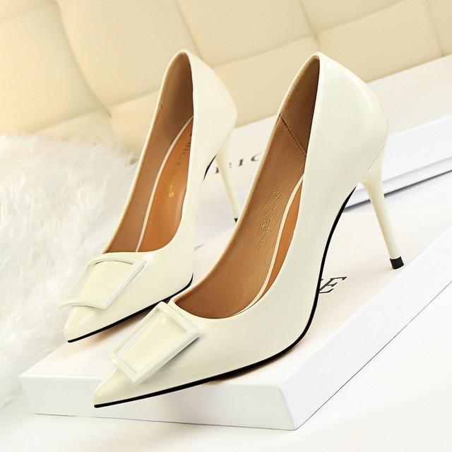 HOFAN Moekad naiste kingad