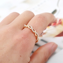 Rose Gold Color Twist Classical Cubic Zirconia Wedding Engagement Rings for Women Girls Austrian Crystals Gift Bague Femme