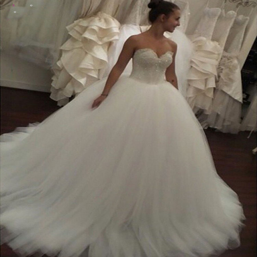 Gelinlik 2015 ball gown sweetheart tulle wedding dresses for Back necklace for wedding dress