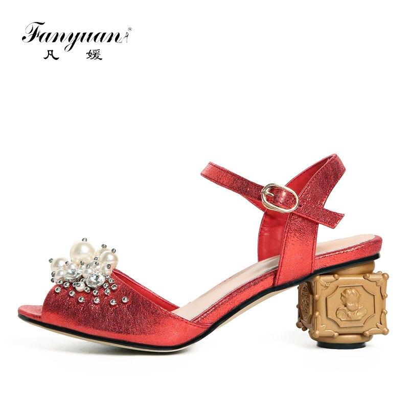 e711fe7ac1f472 Chaîne red Mode Chaussures Sandales Gladiateur Femmes Perle D'été Toe  Sandalia Apricot Fantaisie Fanyuan Étrange Peep Talons Femme Hauts zq54RdTx