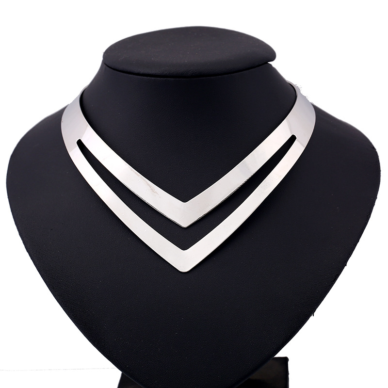 LZHLQ Geometriske Hollow Metal Torques Kvinder Trendy Simple Smooth Choker Halskæder Plated Collars Halskæde Punk Smykker Statement
