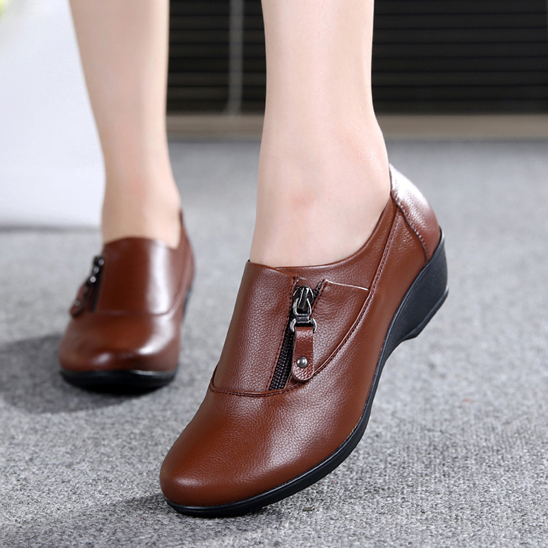 Spring fashion leather women s shoes mother slope with soft bottom anti slip comfortable shoes middle