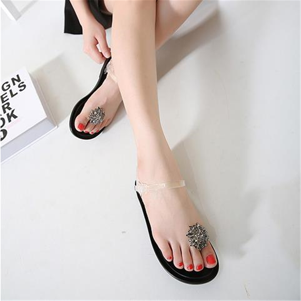 ... jelly sandals girl diamond flowers flat flat heel foot plastic crystal  girl beach shoes women sandals 2018. В избранное. gallery image ffc931451b25