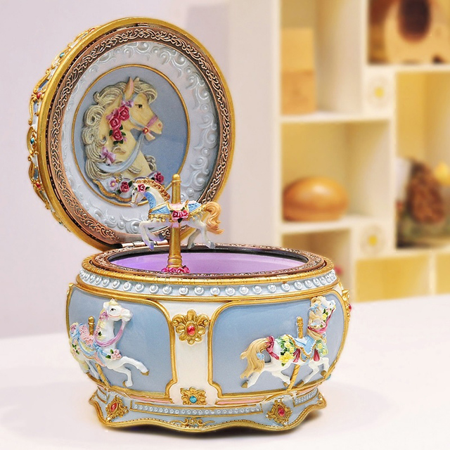 2017 New Carousel Music Box with Sound Control LED Flash Lights Creative Birthday Valentine's Day Gifts for Girl Friend Kids