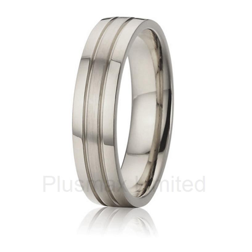 2016 China jewelry wholesaler designer simple custom pure pure titanium rings for men alliances china wholesaler simple classic designs two tone classic domed titanium wedding band rings