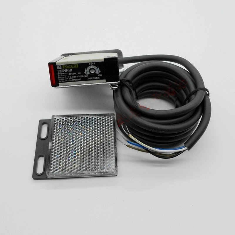 Spiegelnder Reflexions-Lichtschranke 90-250V 3A Sensorschalter E3JK-R4M1