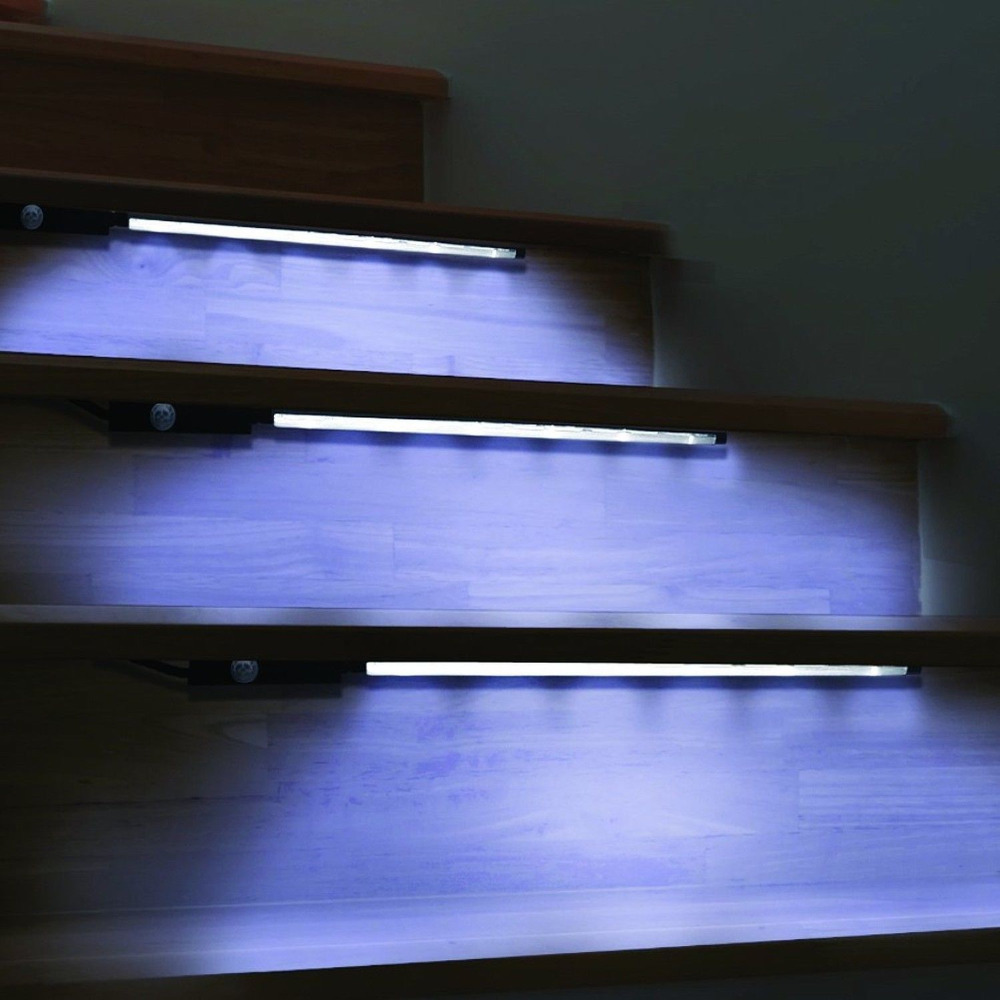 Waterproof Wireless Motion Activated Accent Lighting 2-Pack 12 LED Strips LED Sensor Kitchen Cabinet Lights BZ