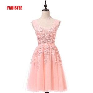 Image 1 - מכירה לוהטת מסיבת קוקטייל שמלות קצר Vestido דה Festa מיני סקסי אפליקציות שמלת V צוואר ואגלי פנינים