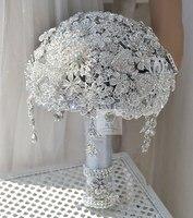 Цветы Свадебный букет невесты Роскошная серебряная брошь с кисточкой бисера держа цветы