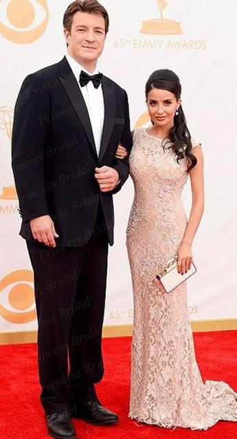 A emmy Awards celebridade Vestidos Longos Vestidos frete Grátis Hot Design Sereia Até O Chão Vestido de Renda Celebridade Ce1600