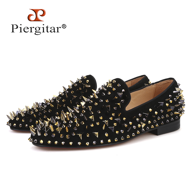 Piergitar new arrive men suede shoes with gold and black spikes Fashion party and banquet men loafers plus size smoking slipper pink suede mens shoes newest style fashion men tassel loafers plus size men s smoking shoes summer men party and prom shoes