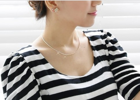 Free Shipping new jewejry accessories Luxury royal necklaces fashion silver chain universal necklace bries simple women short